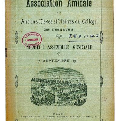 Lesneven Anciens élèves 1911.pdf